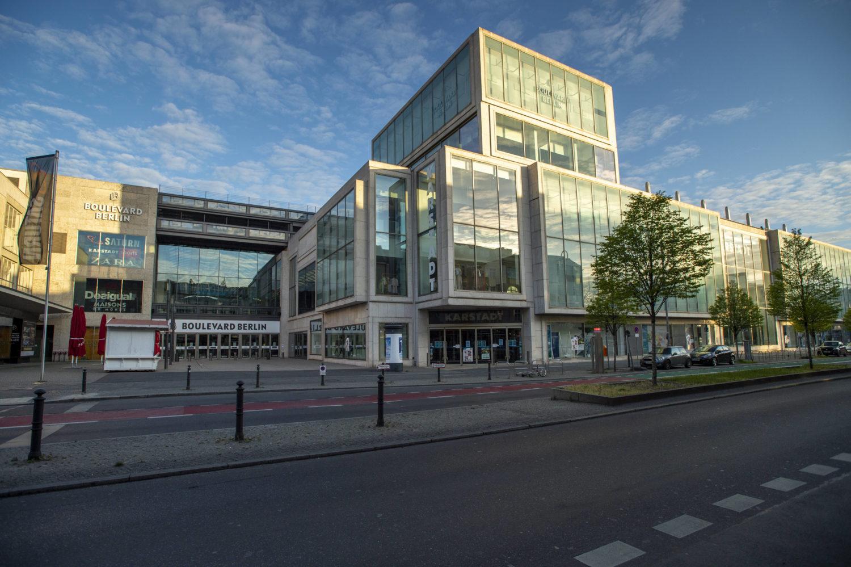 Shoppingcenter Das Einkaufszentrum Boulevard Berlin bietet seinen Besuchern 140 Shops und Gastroangebote. Foto: Imago/Cathrin Bach