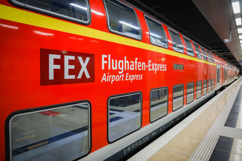 In 30 Minuten kommt man mit dem FEX vom Hauptbahnhof zum BER. Foto: Imago Images/Wölk