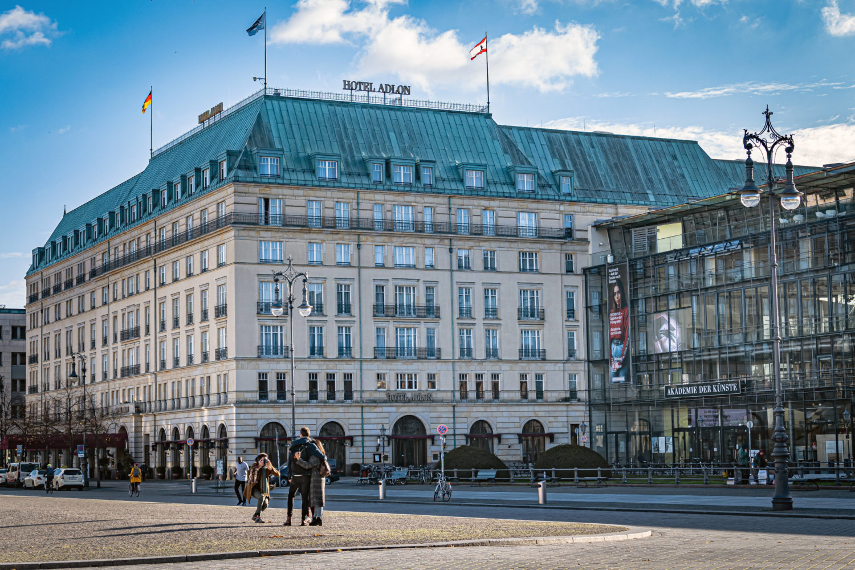 Hotel Adlon Kempinski, ausgezeichnet als bestes Stadthotel Deutschlands. Foto: Imago Images/Jürgen Ritter