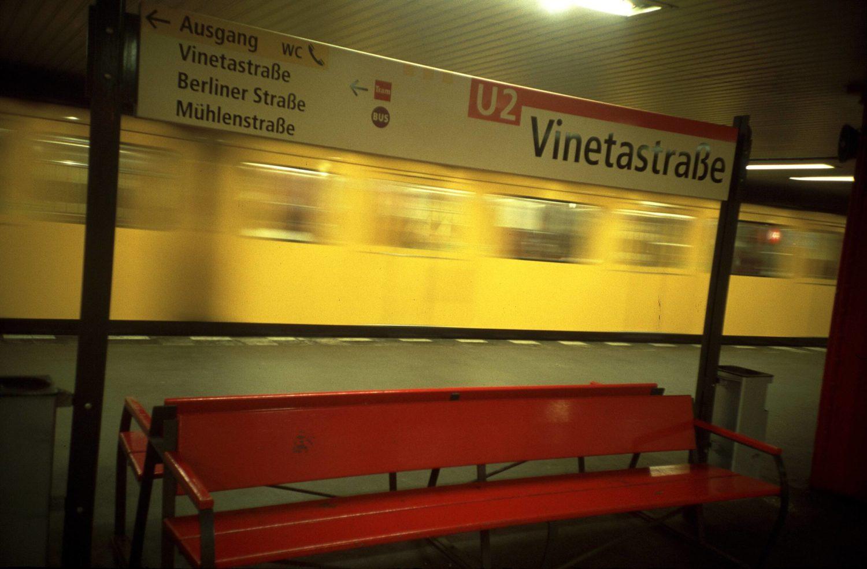 Bis ins Jahr 2000 bildete die Station Vinetastraße den Endpunkt der U-Bahnlinie U2.
