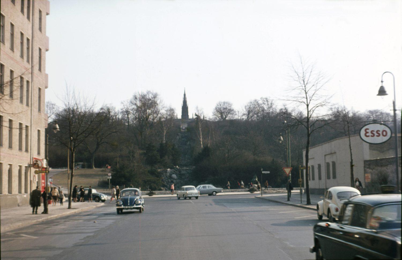 Kreuzberg 1960er: Großbeerenstraße mit Blick auf den Viktoriapark, 1961.Foto: Imago/Gerhard Leber