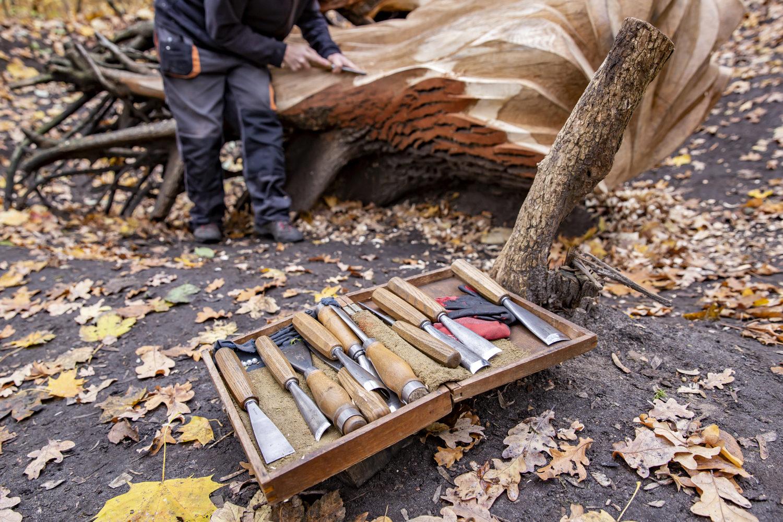Jaffrots Kunst erfordert Kraft und Geld beim Umgang mit dem Werkzeug. Foto: Stephanie von Becker