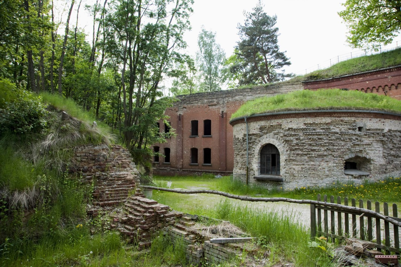 Berliner Berge: Ohne die Aushebungen fürs Fort Hahneberg gäbe es wohl den neuen Hahneberg auch nicht. Foto: Imago Images/Jürgen Heinrich