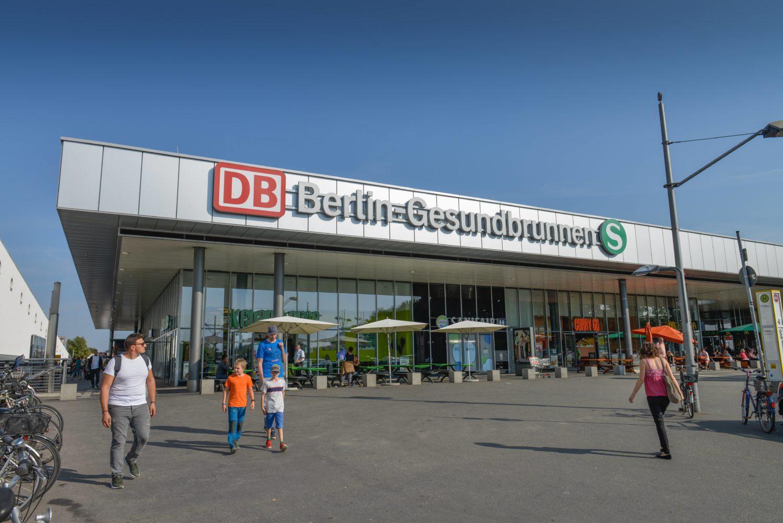 Neues Empfangsgebäude in Gesundbrunnen. Foto: Imago Images / Joko
