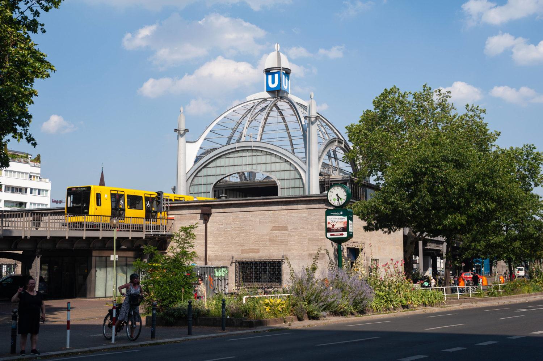 Bahn berlin nackt u History of