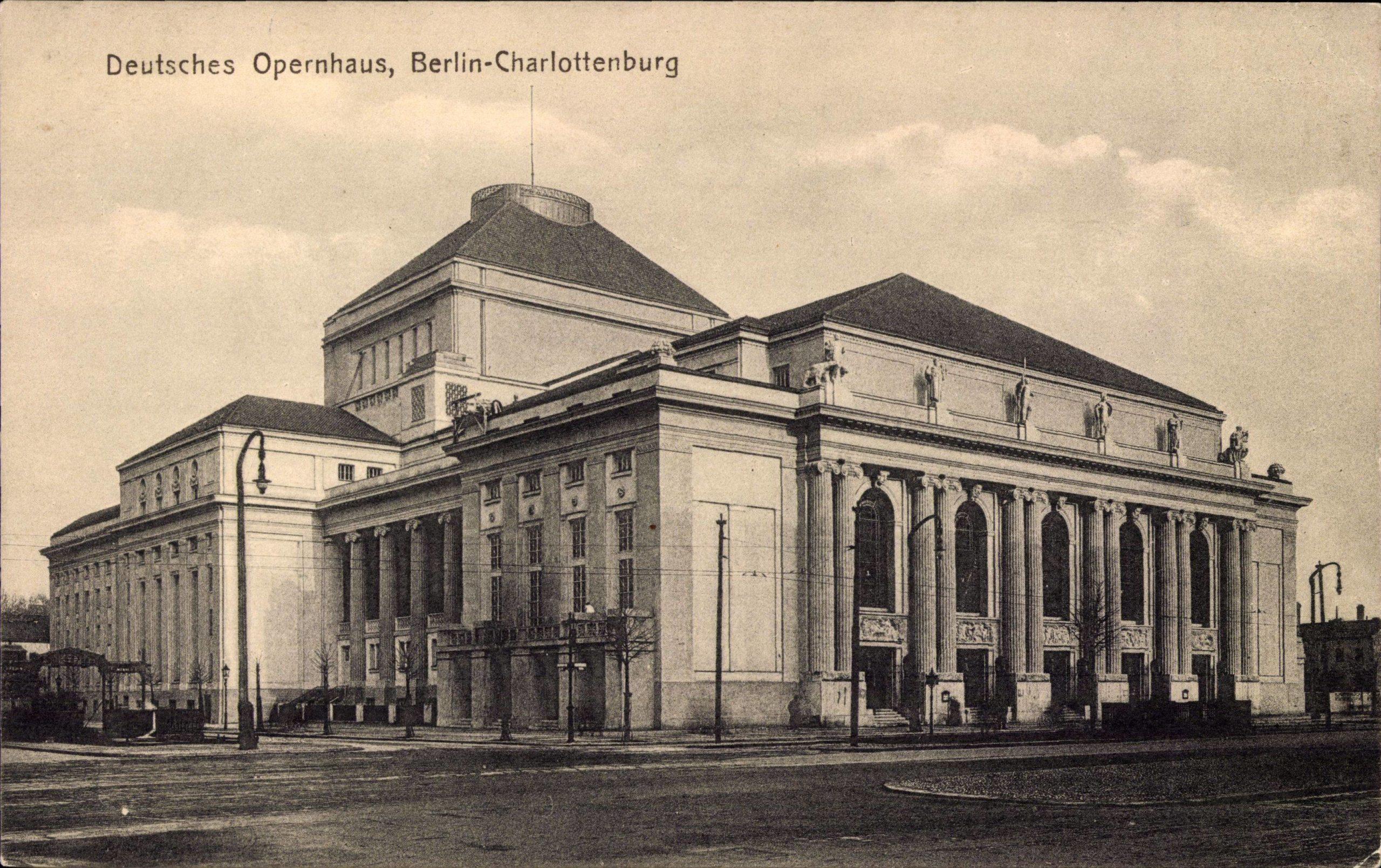 Deutsches Opernhaus in Charlottenburg, um 1915. Foto: Imago/Arkivi