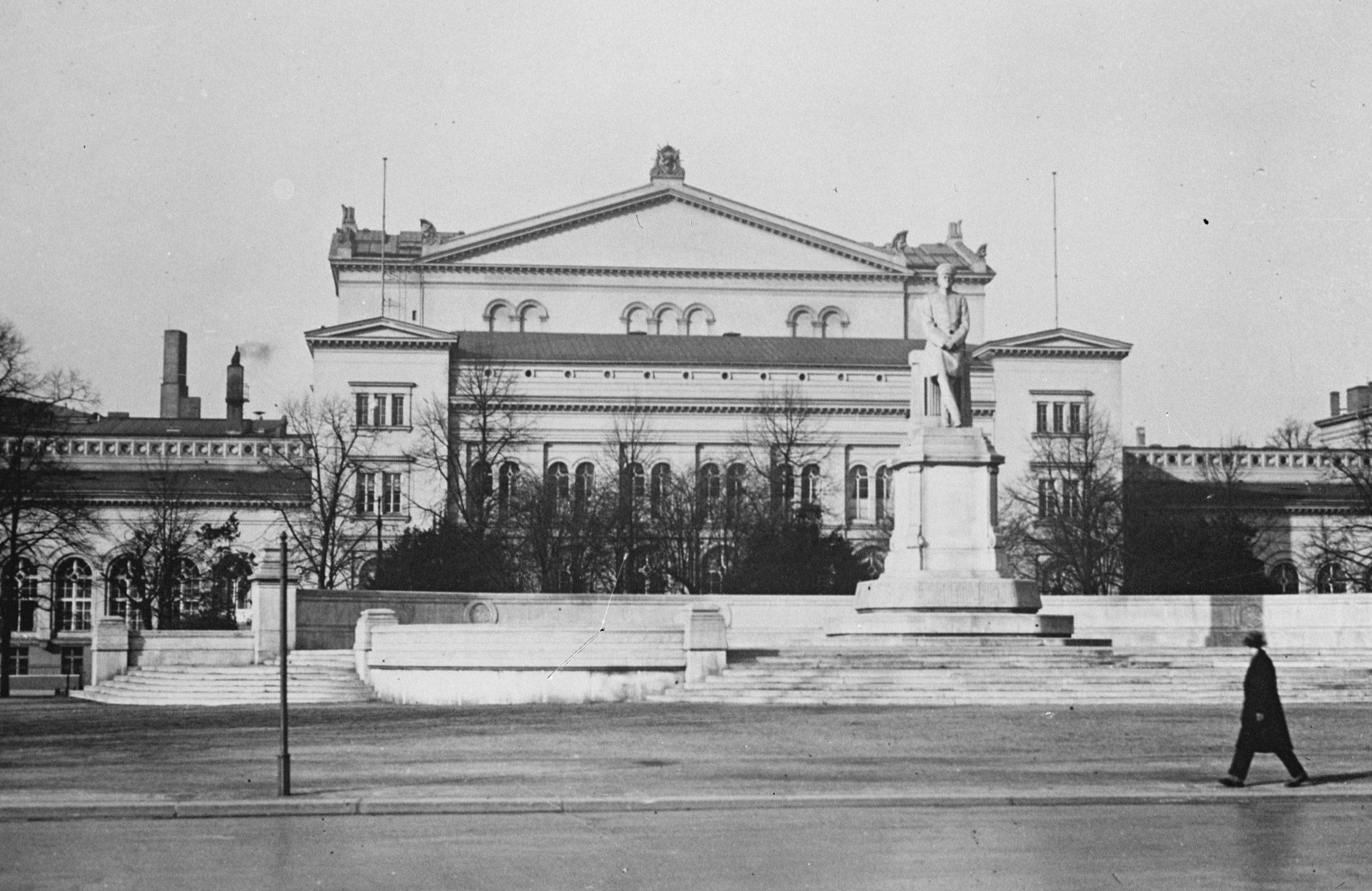 Die Krolloper in Berlin, 1933. Foto: Imago/Topfoto/United Archives International