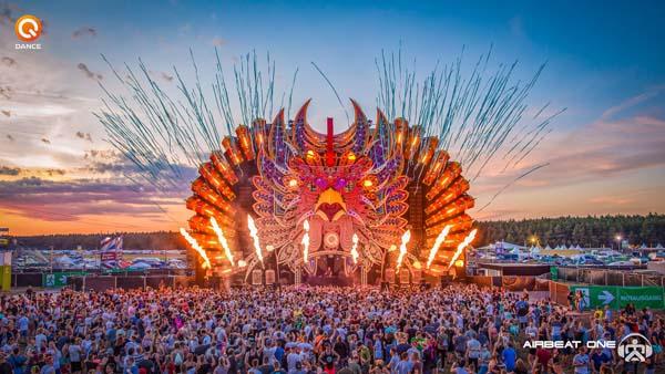 So wie 2019 wird es beim Airbeat-One-Festival 2021 wohl nicht aussehen. Foto: Foto: Imago Images/Rainer Weisflog