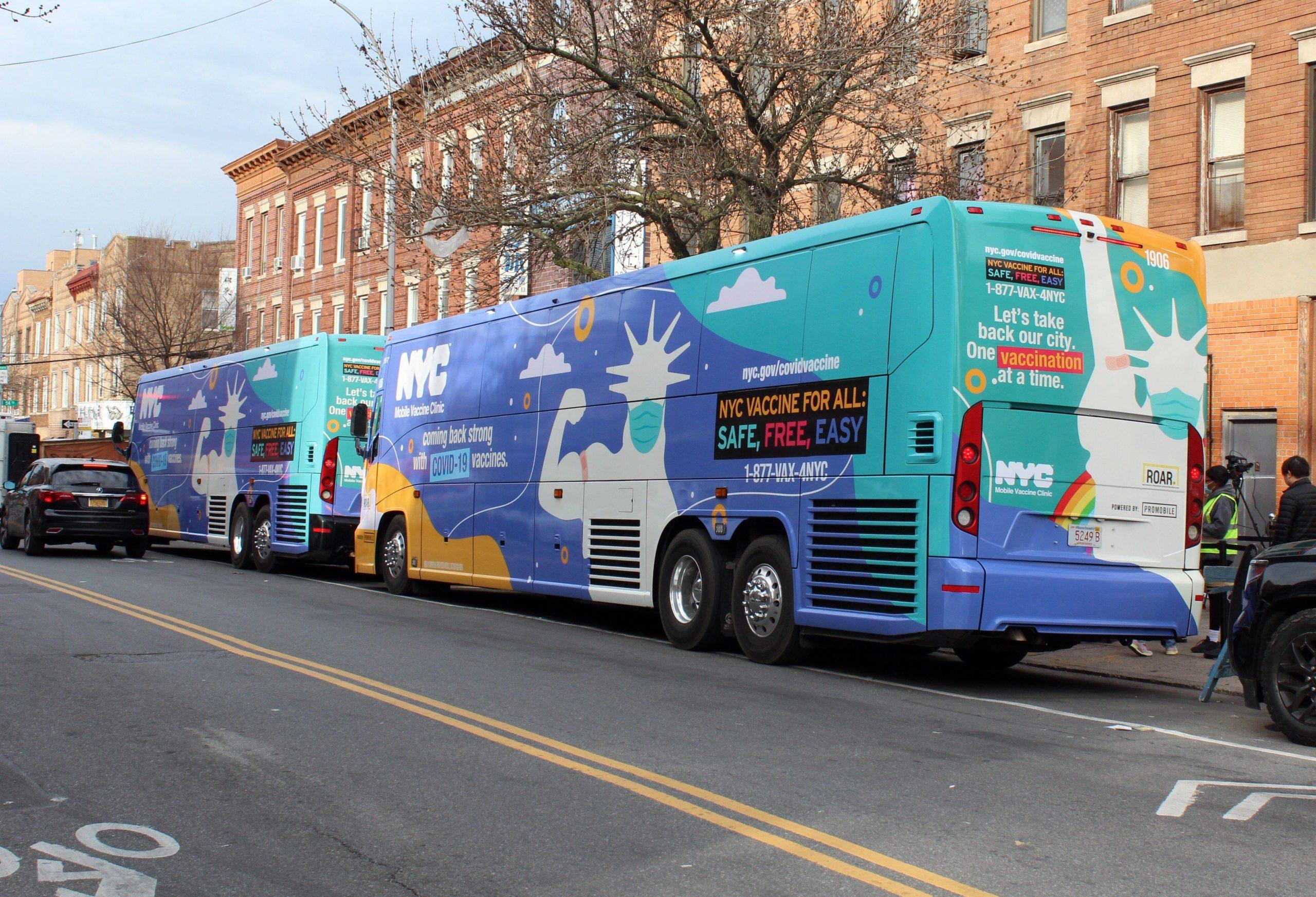 Unkompliziert: In New York City geht Impfen im Bus, durch Brooklyn fahren mobile Impfzentren. Foto: Imago/Agencia EFE