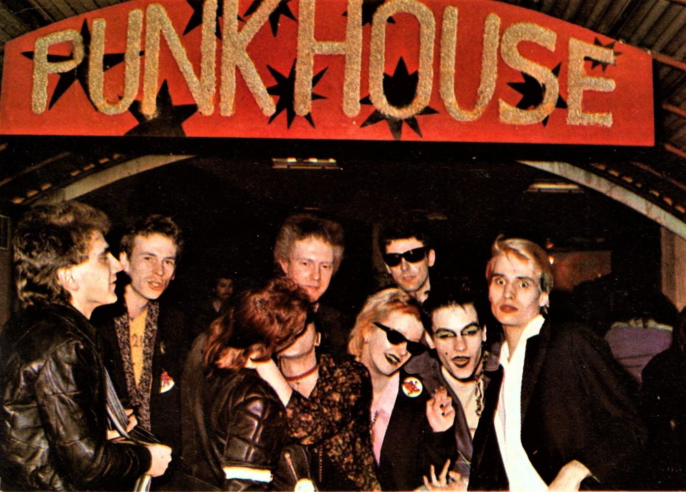 Clubs in West-Berlin: Das Punkhouse existierte nur kurz, läutete aber den Beginn der Punk-Ära in Berlin ein. Foto: Archiv Bernd Feuerhelm