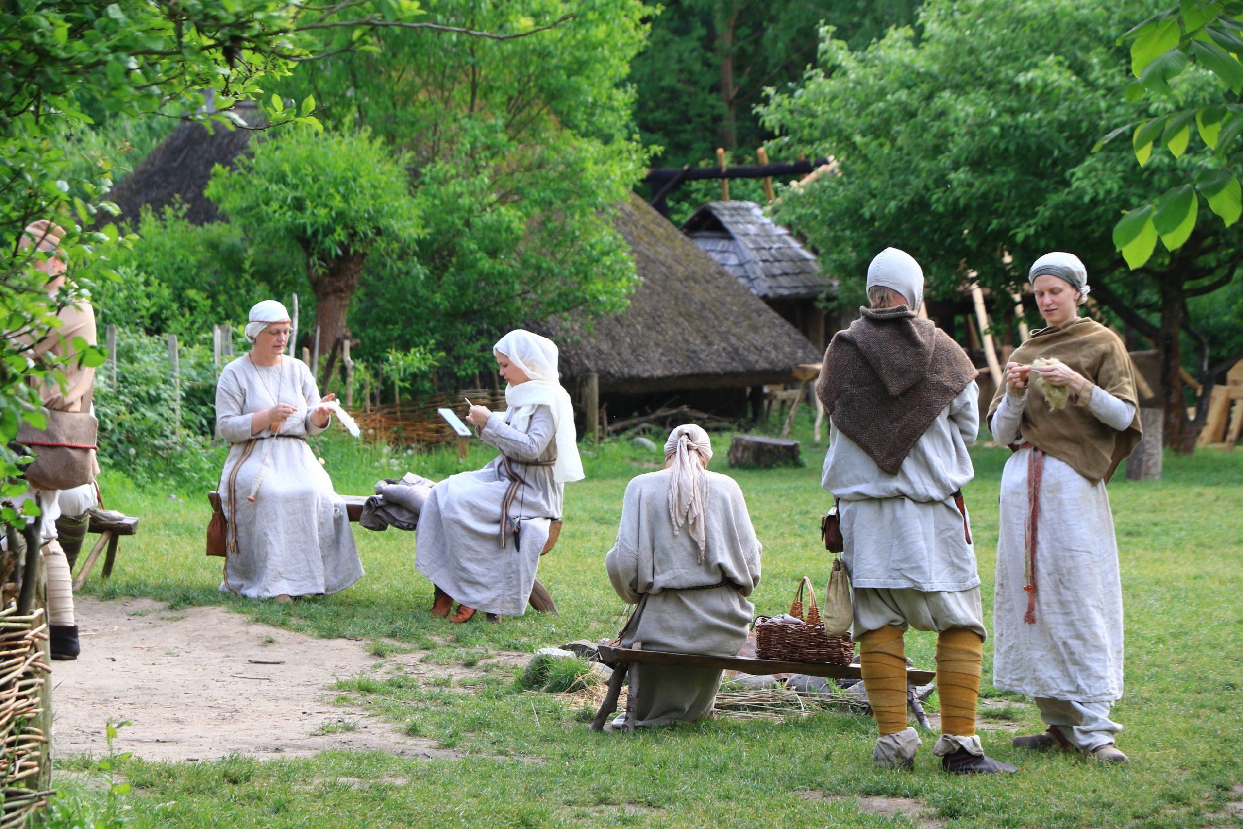 Märchen Berlin Das Museumsdorf Düppel ist ein nachgebautes Dorf aus dem Hochmittelalter, das einst Teil eines großen Königreichs gewesen sein könnte.