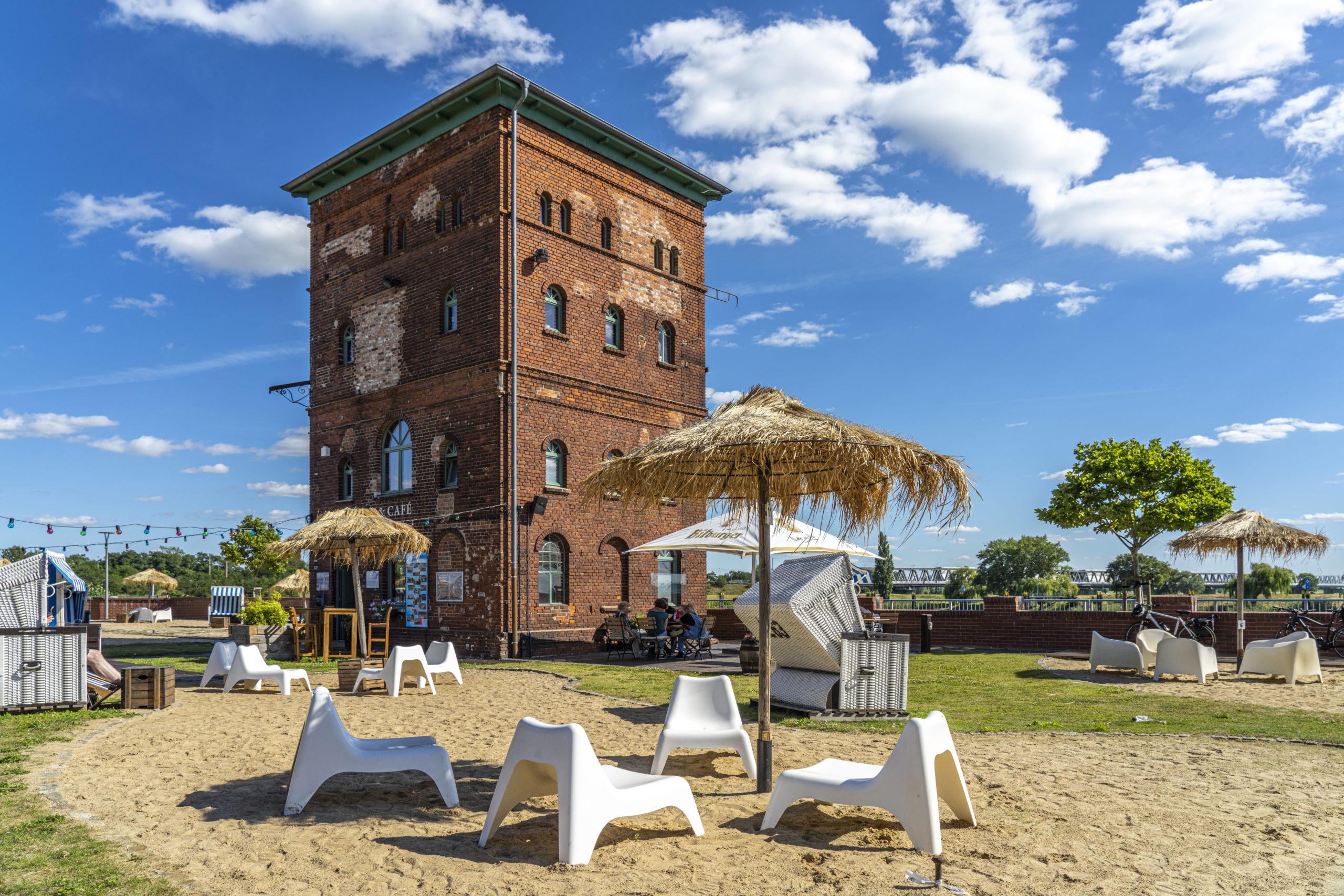 Brandenburg Die Alte Ölmühle Wittenberge ist eine historische Unterkunft, die als Urlaubsdestination echte Erholung verspricht.