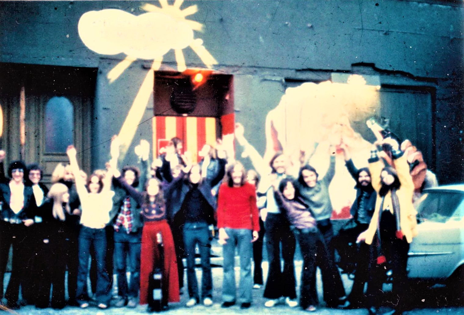 Clubs in West-Berlin: Freaks, Hippies und Gammler zogen in den Sixties ins Mr. Go. Foto: Archiv Bernd Feuerhelm