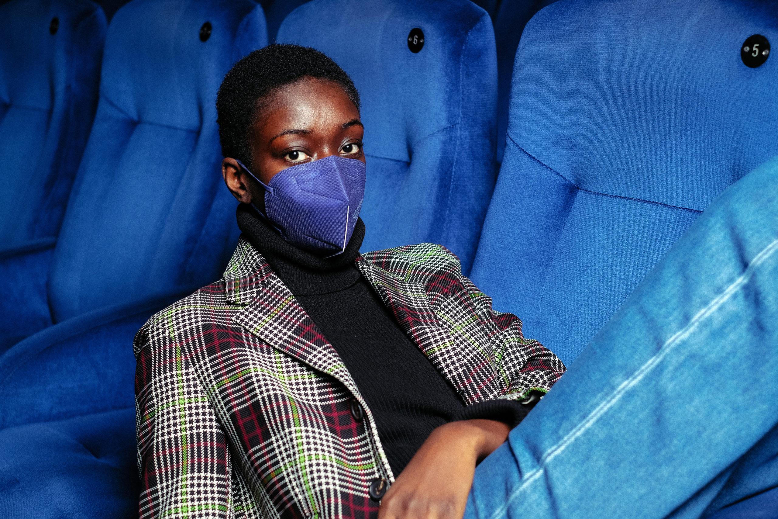 Stil Schützt und ist schön: Eine farbige FFP2-Maske von Oui.