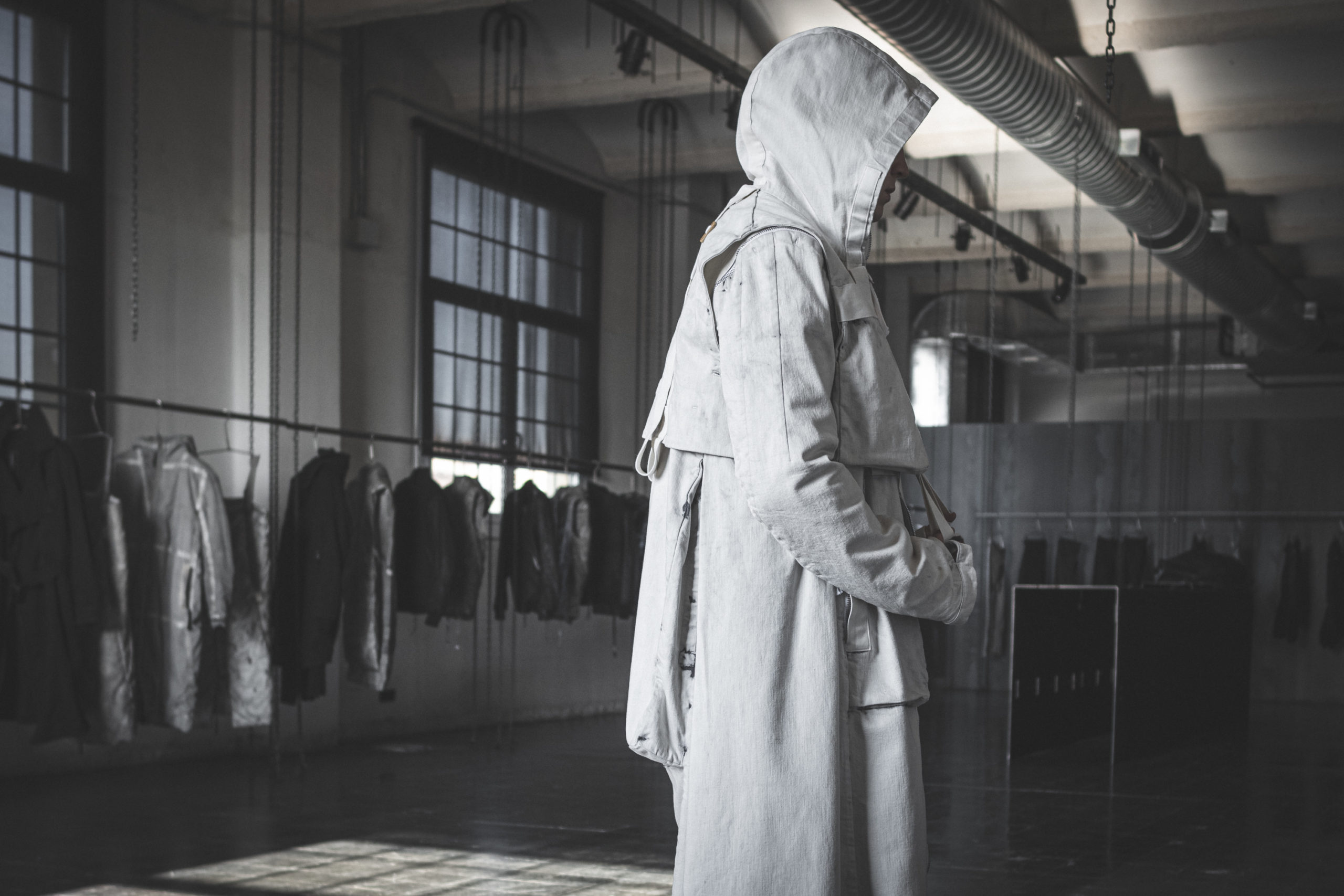 Stil Schlicht und ergreifend: Die modebewussten Menschen von Morgen kleiden sich zum Beispiel in die neue Kollektion des deutschen Designers Boris Bidjan Saberi.