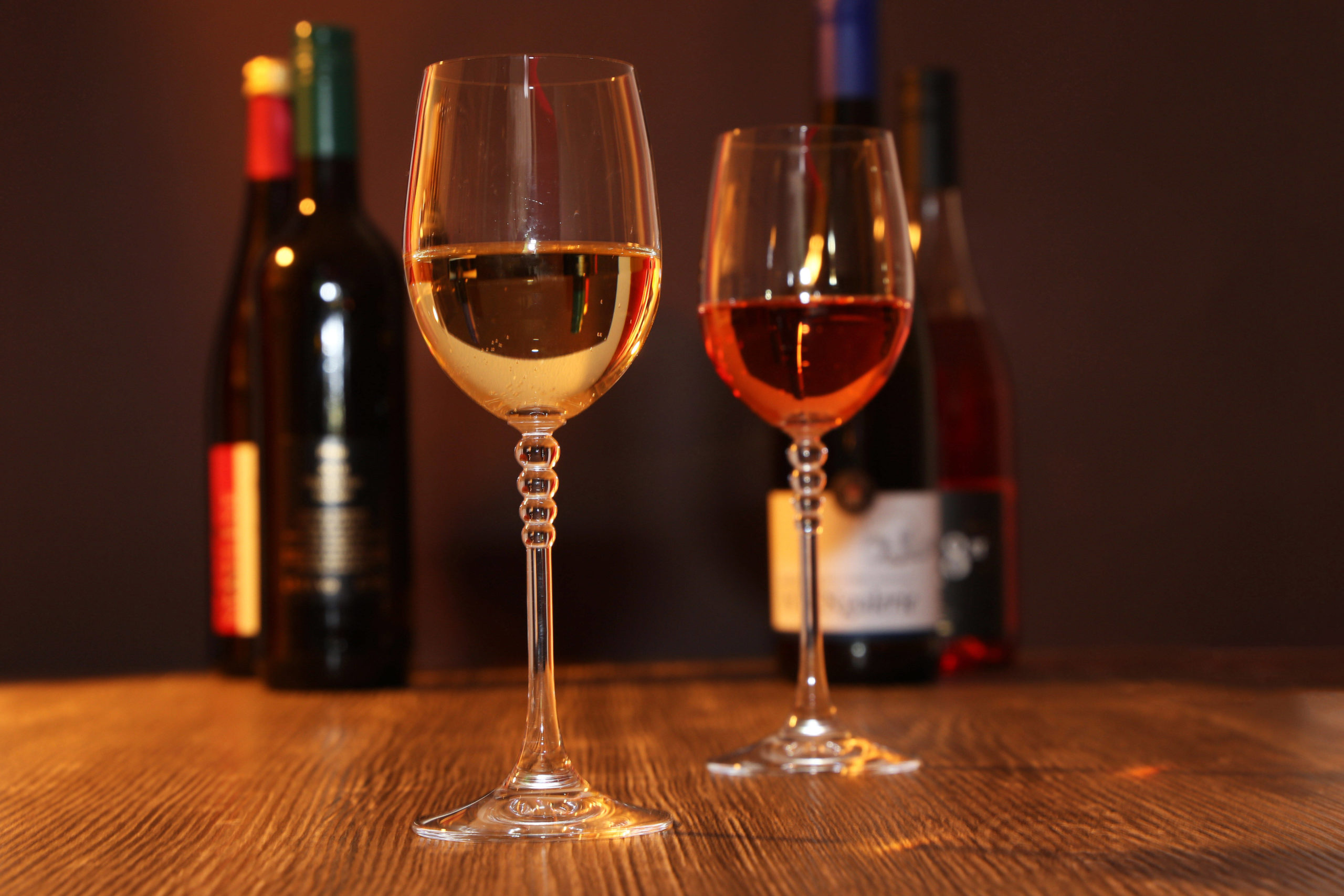 Weinbar Berlin Leckere Weine aus Deutschland, Frankreich, Italien, der Tschechischen Republik, Rumänien und Südafrika. Bei Shed gibt es eine große Auswahl.