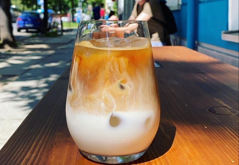Tucker Brunchbar Friedrichshain Eiskaffee Iced Coffee Berlin